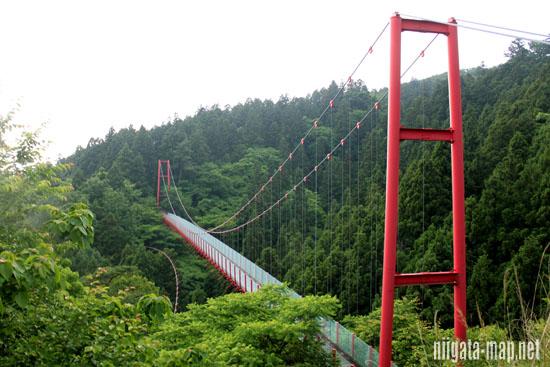 千眼堂の吊り橋