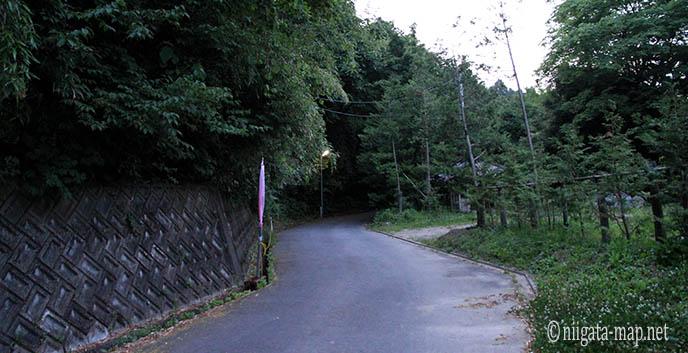 ホタルまでの通路