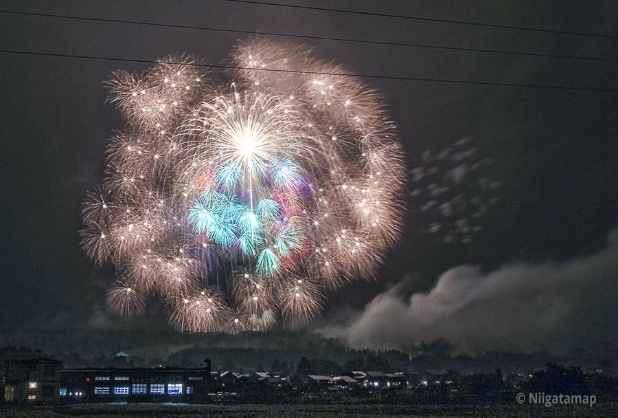 世界一の四尺玉花火