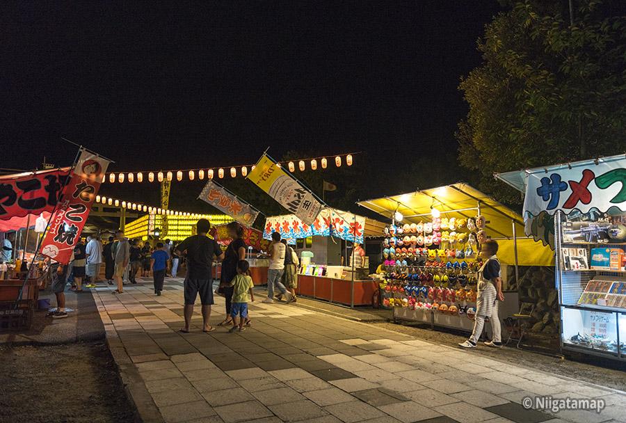 万燈みたま祭りの屋台