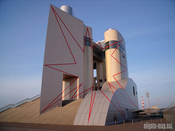 円とタワーの間のジグザグ新潟2009