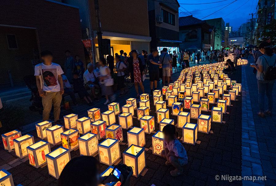新潟古町地区千灯まつり