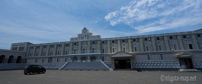 SOWA美術館外観